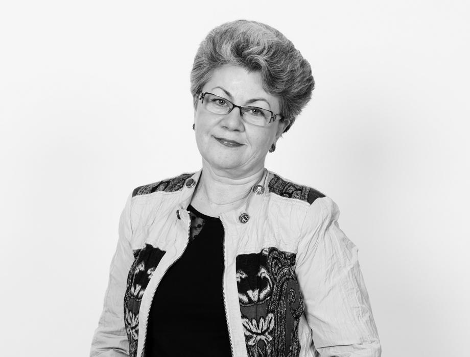 Инесе Мичуле / Финансовый директор